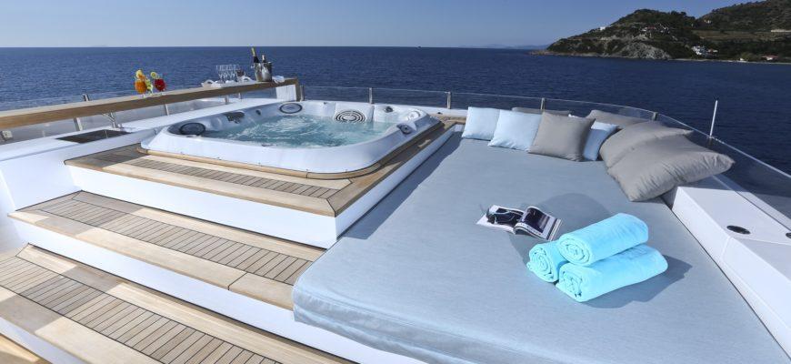 Deep clean your Yacht