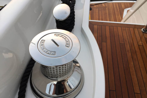 Top cleaning practice by Yacht maintenance